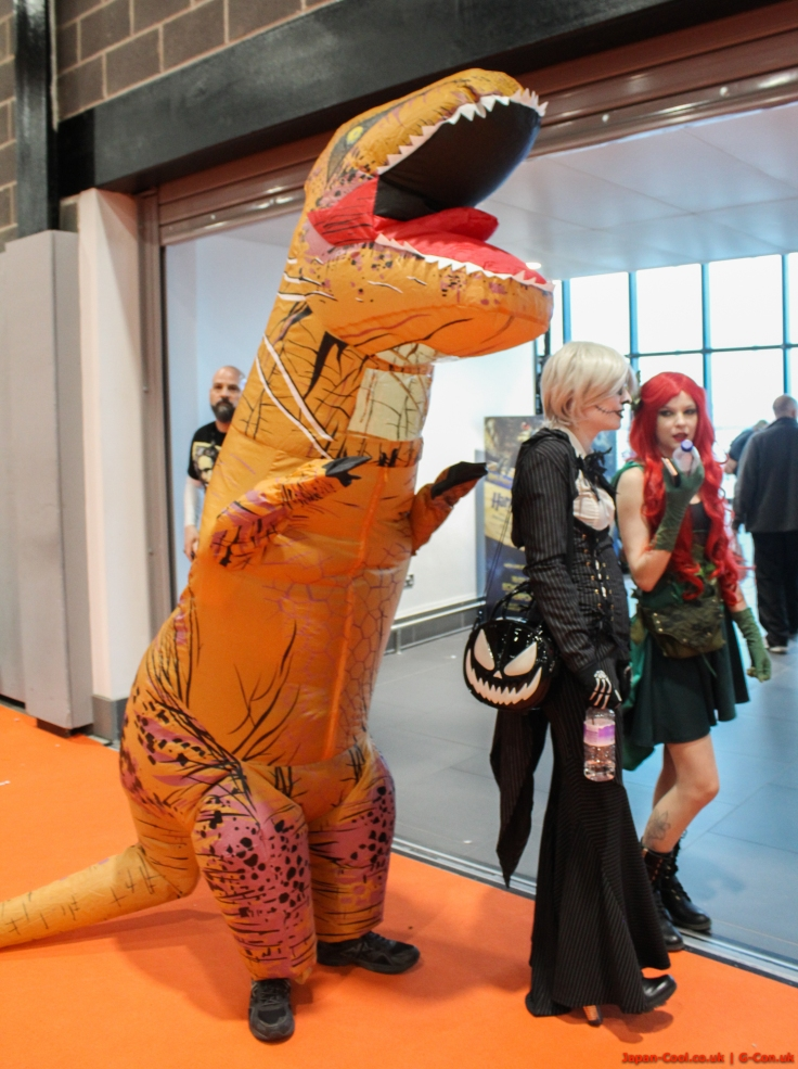 MCM-Liverpool-Comic-Con-March-2017-UK-Cosplay-Dinosaur