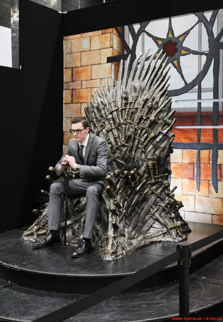 MCM-Liverpool-Comic-Con-March-2017-UK-Exhibitor-Iron-Throne-Experience-Game-of-Thrones-01
